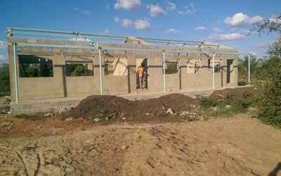 Work begins on roof on new classroom block