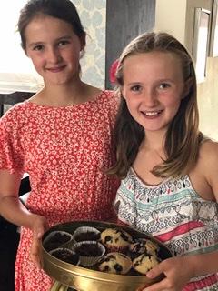 Cupcakes to help Linda Community School.