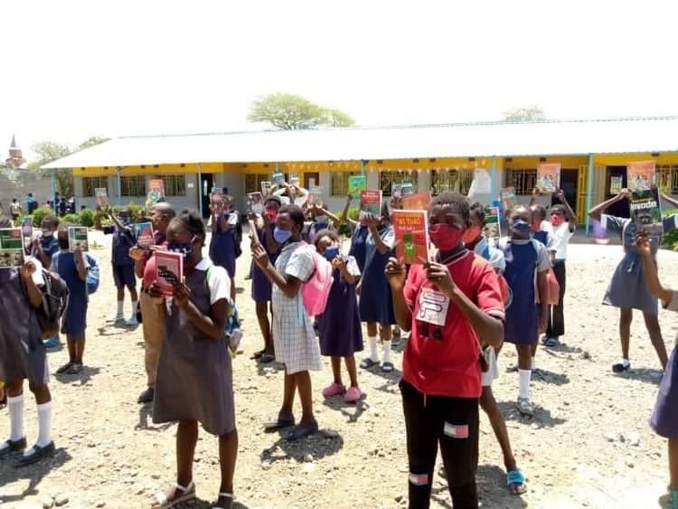 New books at Linda Community School