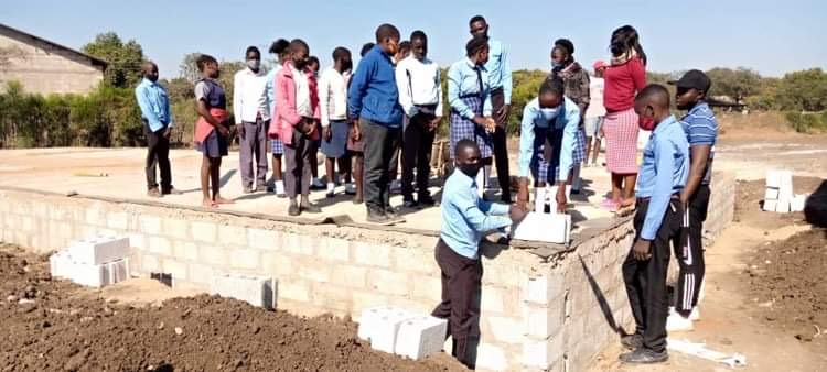 Work begins on superstructure of new classroom block.